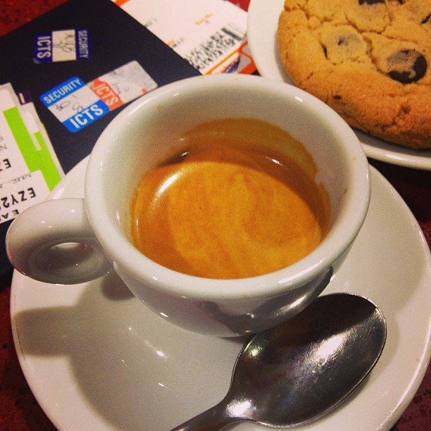 Post-security #espresso with a side of cookie. Milan  Bari. #italy March 05, 2013 at 0524PM